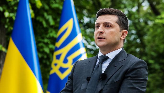 Марихуана и ядерное оружие: о чем Зеленский спросит украинцев