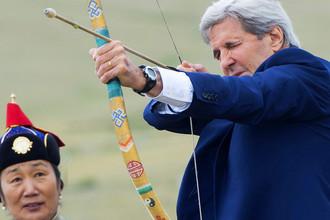 Джон Керри на фестивале Наадам в Улан-Баторе