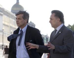 Гарольд Майне-Николлс и Виталий Мутко во время прогулки по Санкт-Петербургу