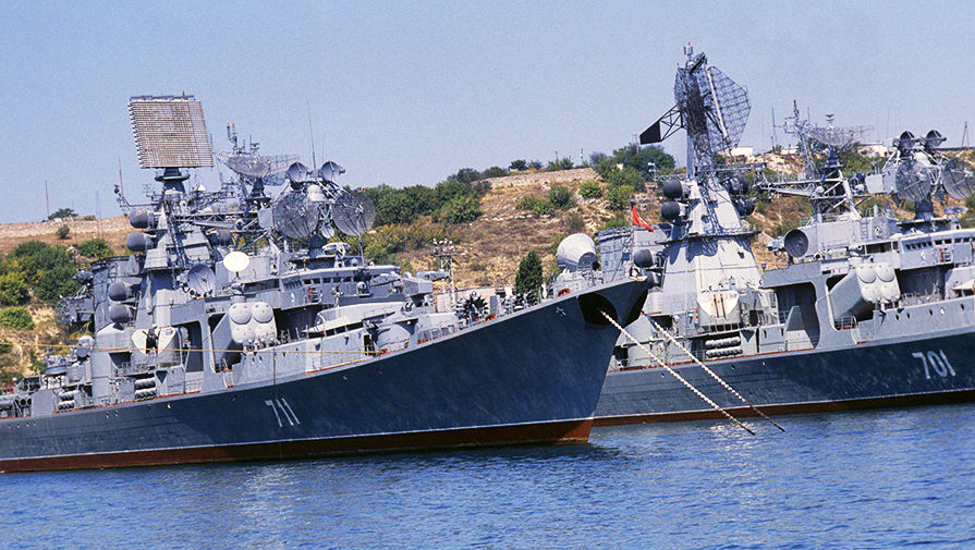 Российские военные корабли в Черном море