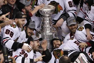 Чикагские «ястребы» в пятый раз в истории завоевали Кубок Стэнли