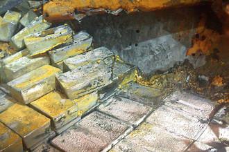 Слитки серебра на затонувшем судне SS Gairsoppa