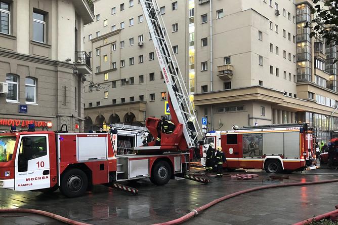 Ликвидация пожара на Большой Сухаревской площади в Москве, 1 ноября 2019 года