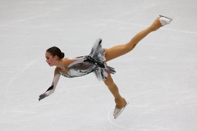 Алина Загитова не смогла выиграть короткую программу на чемпионате мира