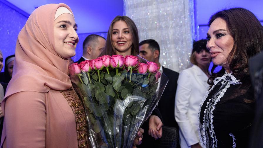 Кадыров оценил показ коллекции модного дома дочери в Париже