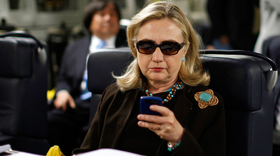 Картинки по запросу переписка клинтон
