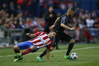 Нападающий «Реала» Карим Бензема сотворил в ответном матче полуфинала Лиги чемпионов с «Атлетико» мини-шедевр