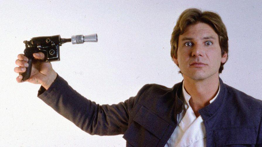 "Фотография Харрисона Форда в роли Хана Сола из <a href=""https://twitter.com/TheWookieeRoars/status/421495987136253952"" target=""_blank""><b>твиттера</b></a> Питера Мейхью, известного по роли Чубакки"