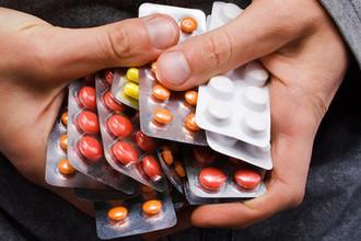 «Склады завалены»: почему лекарства не доходят до россиян