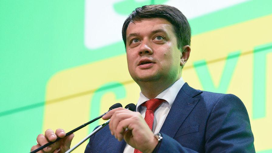 Глава партии Зеленского признал невозможность быстрого завершения войны в Донбассе