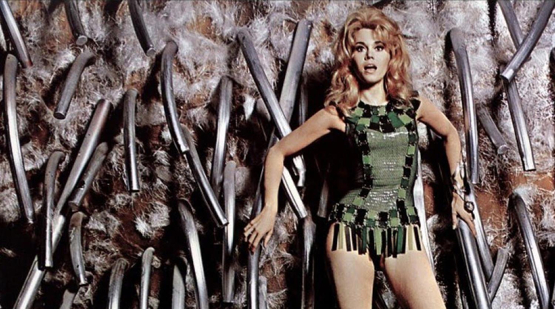 Кадр из фильма «Барбарелла» (1968)