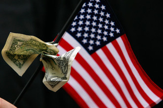 Доллар по 70: как Америка ударит по рублю