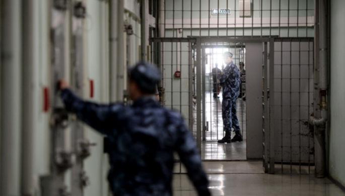 «Бояться их не надо»: заключенных могут выпустить из-за COVID-19