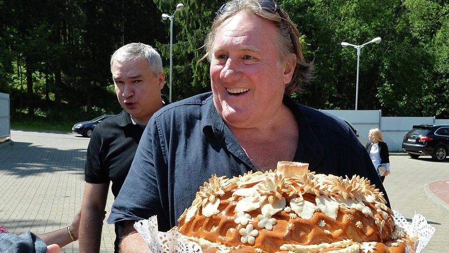 Французский актер и российский гражданин Жерар Депардье во время посещения Белоруссии, 2015 год
