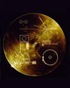 Золотой диск на борту «Вояджеров» // Wikipedia