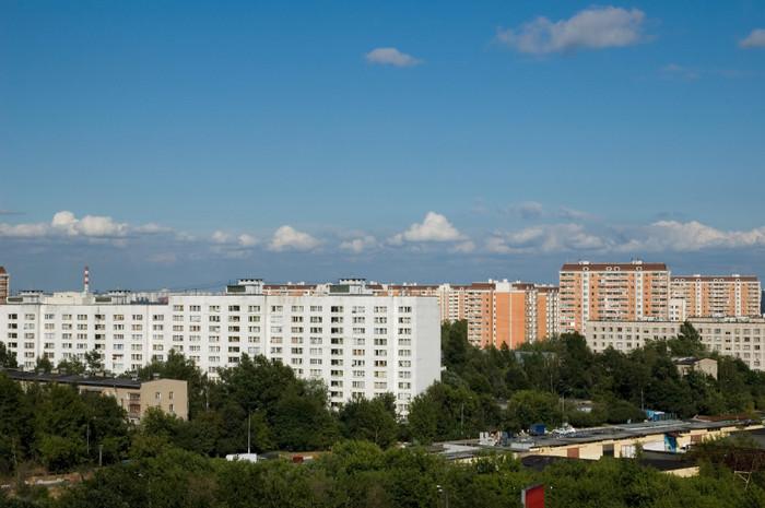 Владельцам квартир в новостройках вменили земельный налог