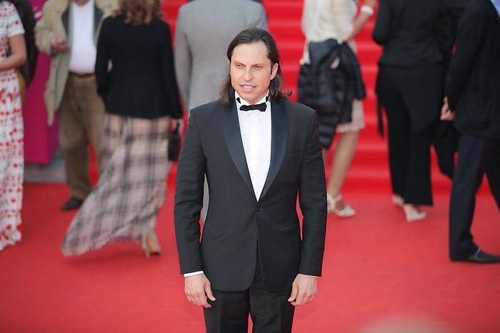 Александр Ревва во время церемонии открытия 36-го Московского международного кинофестиваля