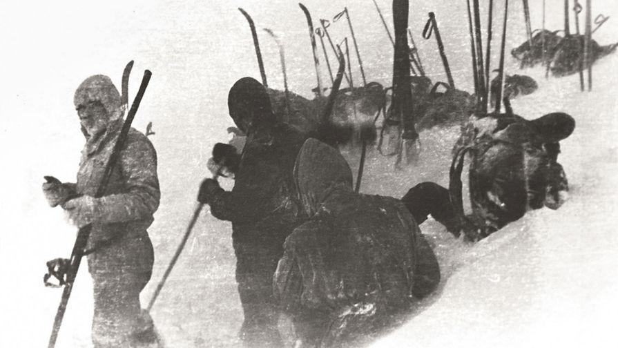 Обустройство места под палатку, 1 февраля 1959 года