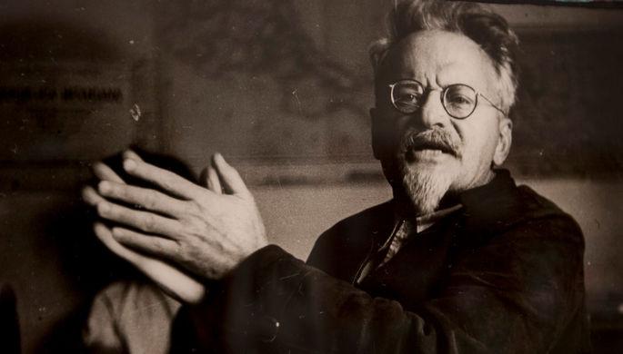 «Лицо было покрыто кровью»: как убивали Троцкого