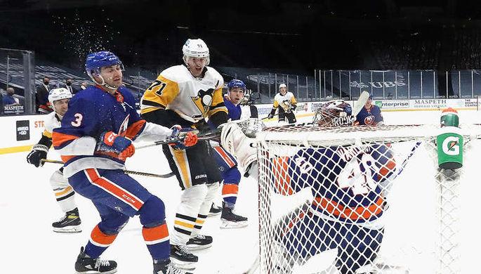 Евгений Малкин (№71) стал второй звездой матча против «Айлендерс»