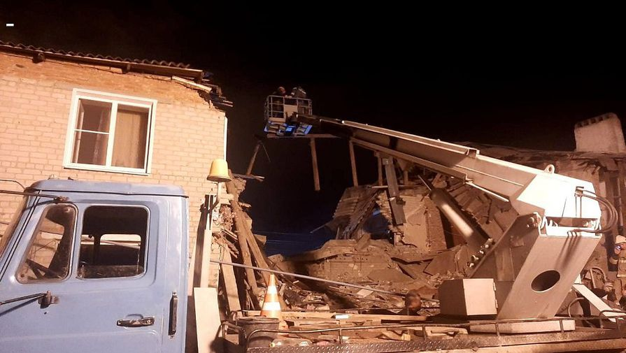 Опубликовано видео с места взрыва газа в жилом доме под Ельцом