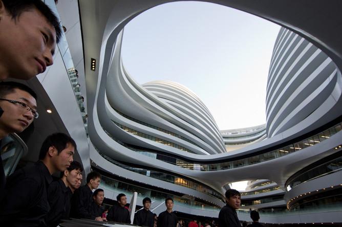 Торгово-развлекательный комплекс Galaxy Soho. Пекин, Китай