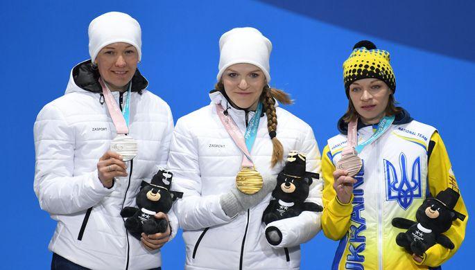 Российские спортсмены Михалина Лысова и ведущий Алексей Иванов на Паралимпиаде в Пхенчхане