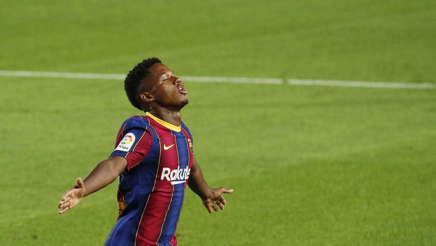 Барселона продлит контракт с 18-летним игроком с суммой отступных в размере 1 млд