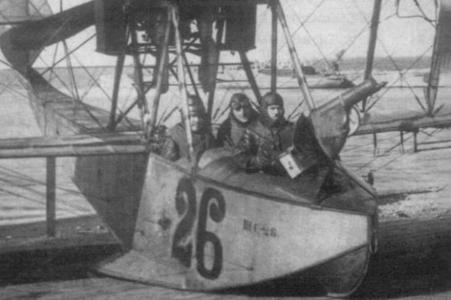 Летающая лодка М-9изсостава Балтийского флота