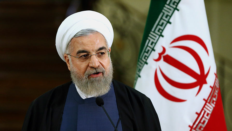 Макрон и Роухани обсудили иранскую ядерную сделку