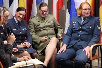 Офицеры-трансгендеры во время конференции в США