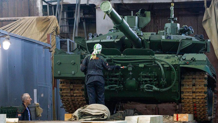 «Танк-монстр»: почему в США хвалят Т-90М «Прорыв»