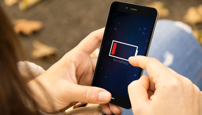 «Это миф»:почему не стоит разряжать смартфон до нуля