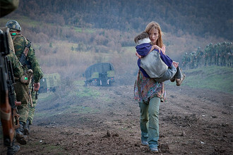 Кадр из фильма Джаника Файзиева «Август. Восьмого»