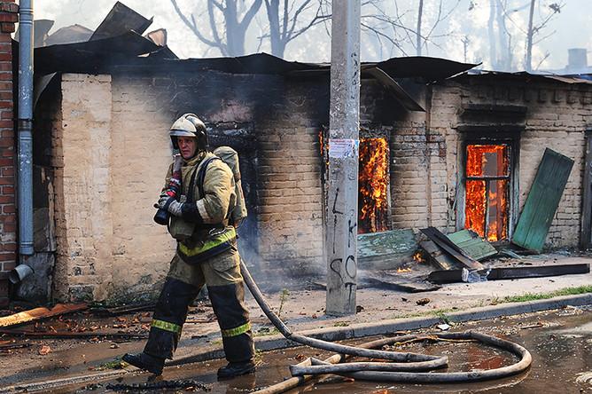Пожар на территории жилого сектора в Ростове-на-Дону, 21 августа 2017 года