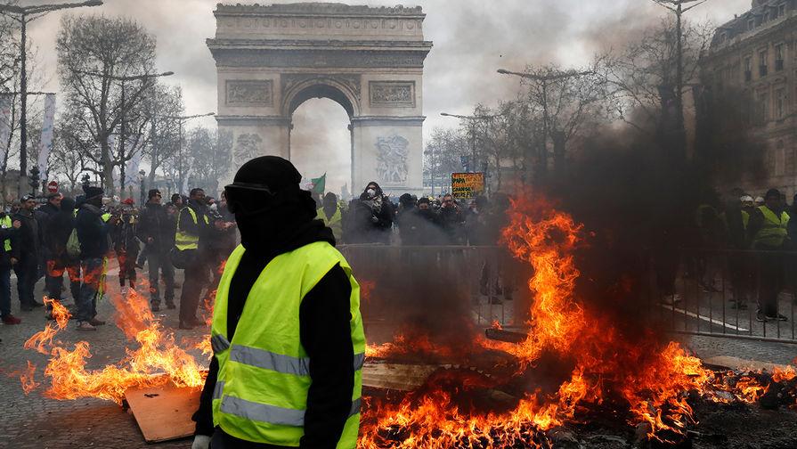 Алексей Чихачев о том, о чем говорит продолжение протестов во Франции