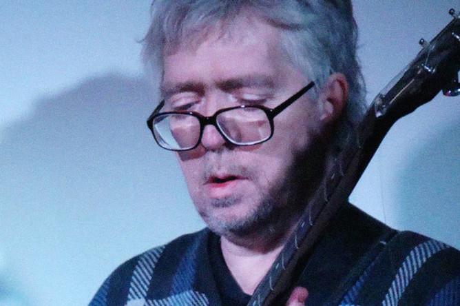 Андрей Сучилин во время творческой встречи, 2013 год