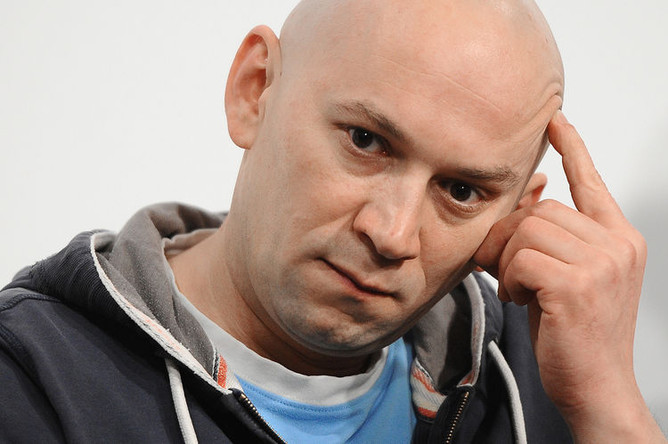 Режиссер Александр Расторгуев во время мастер-класса проекта «Срок» в Международном обществе «Мемориал», 2012 год