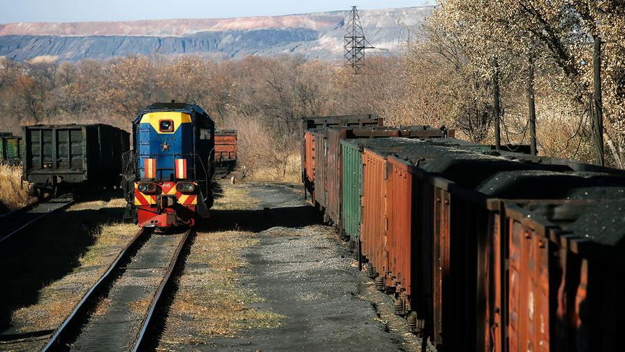 Эксперты оценили желание Киева снять транспортную блокаду с Донбасса
