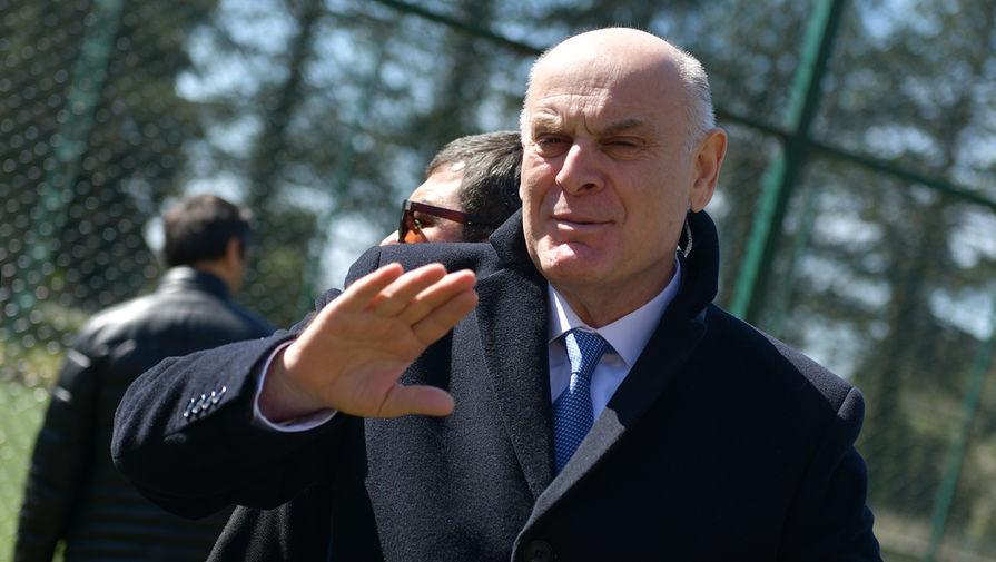 Бжания победил на выборах президента Абхазии