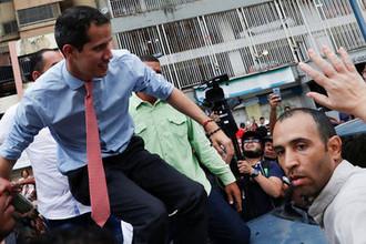 «Нужно больше солдат»: Гуайдо признал провал госпереворота