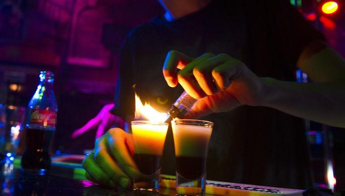 Опасный эксперимент: что не стоит пить в новогоднюю ночь
