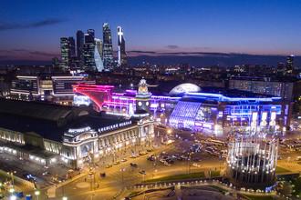 Вид на площадь Европы у Киевского вокзала