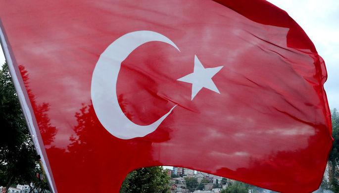 В Стамбуле рухнул военный вертолет, есть пострадавшие