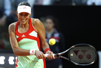 Ана Иванович в матче против Шараповой в Риме