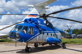 Второй день работы авиасалона МАКС-2017 в подмосковном Жуковском, 19 июля 2017 года. Транспортный вертолет Ми-8Т