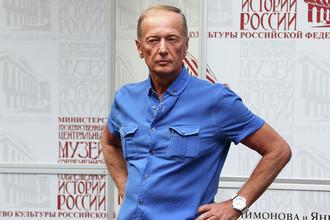 Сатирик Михаил Задорнов во время празднования 80-летнего юбилея поэта Е. Евтушенко в «Галерее-музее Е. Евтушенко», 2013 год