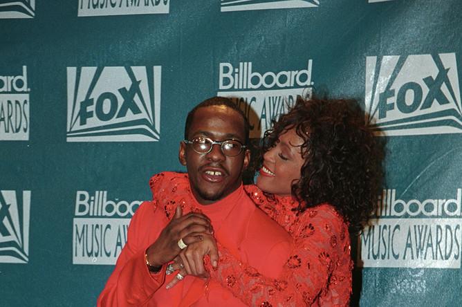 Уитни Хьюстон со своим мужем Бобби Брауном на вручении премий журнала Billboard в 1993 году