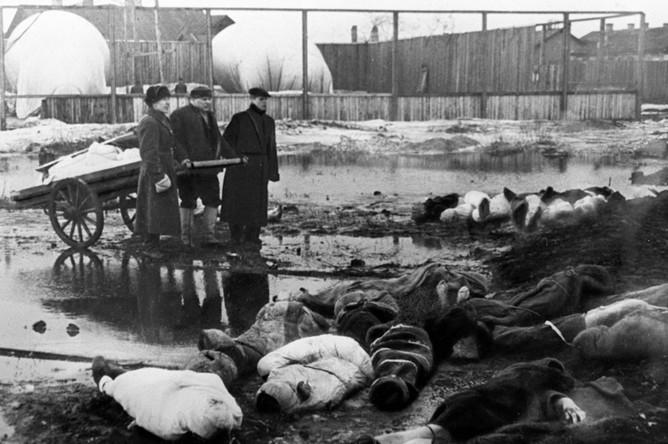 Волково кладбище. Март 1942 года