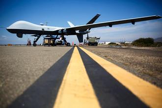 Разведывательно-ударный БПЛА MQ-9 Reaper на военно-морской базе Вентура-Каунти в США